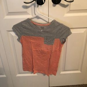pink and gray top